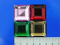 Камни квадратные пластмасс пришвные