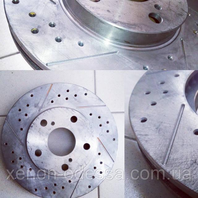 Фрезерованные и перфорированные тормозные диски