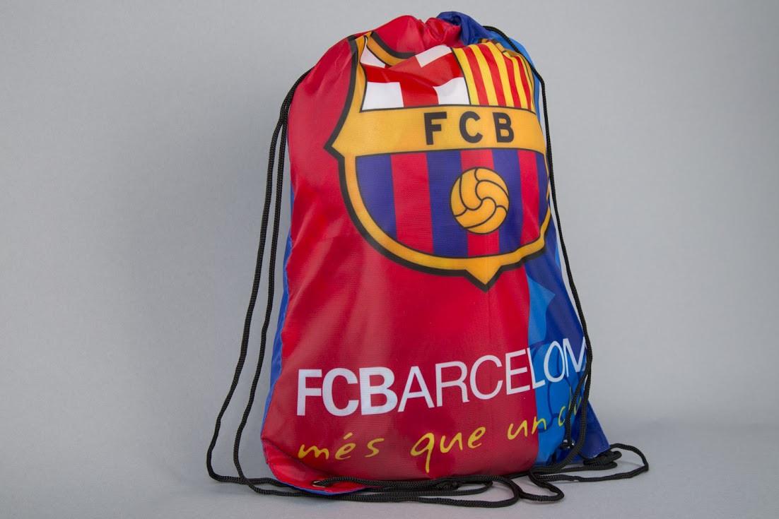 Обувь с логотипом футбольного клуба барселона
