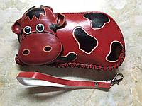 Кошелек детский Корова красного цвета кожа