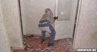 Демонтаж дверных блоков металлических
