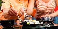 Як правильно вибирати продукти для приготування суші та ролів?
