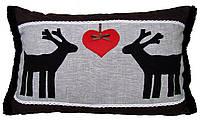 Подушка декоративная льняная с аппликацией Олени.