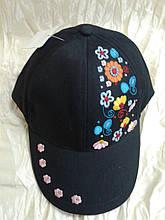 Детская  бейсболка с яркой цветочной вышивкой