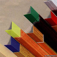 Уголок пластиковый декоративный (50х50 x полоса)