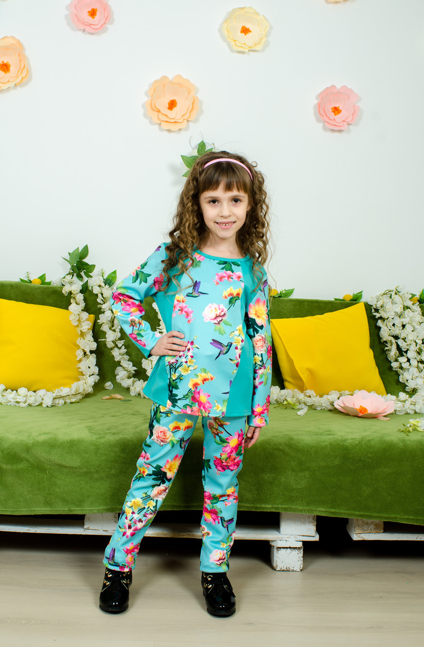 Стильный костюм для девочки колибри