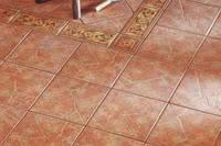 Укладка керамической плитки на кухне