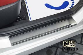 Накладки на пороги Premium Hyundai Veloster 2012-