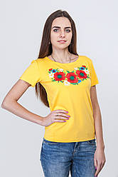 Вишита жіноча футболка стилізована під українську вишиванку