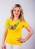 Вышитая женская футболка Букет полевых цветов