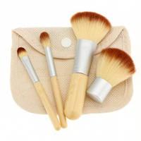Кисти для макияжа с чехлом (4 штуки)