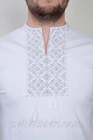 Мужская вышитая футболка белая с серым узором , фото 2