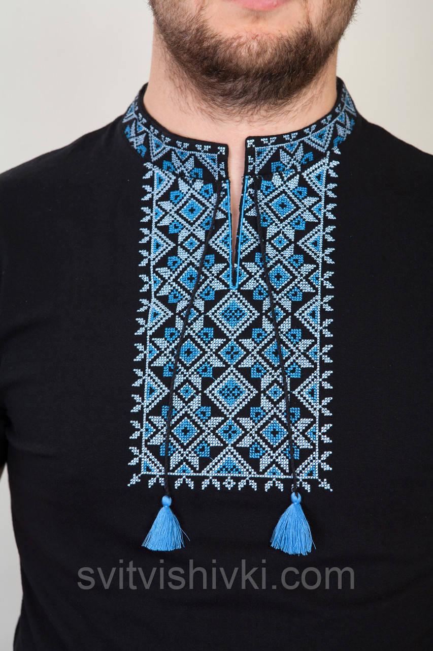 Чоловіча вишита футболка з синім візерунком на чорному трикотажі