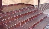 Облицовка ступеней керамической плиткой