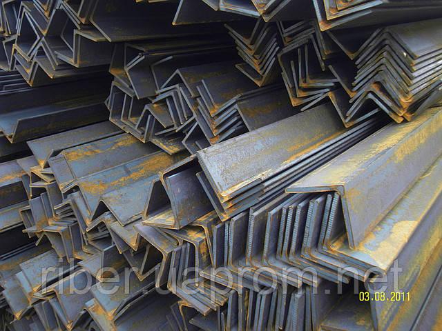 Уголок стальной 50х50х5мм