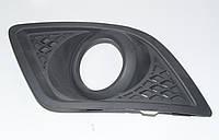 Накладка противотуманной фары (ПТФ) правая сторона для Форд Фиеста