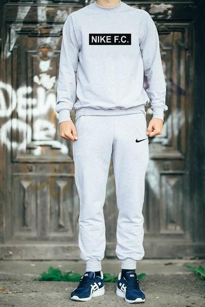 Мужской Спортивный костюм Nike FC серый с черным принтом