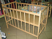 Кроватка детская из ольхи (новая).