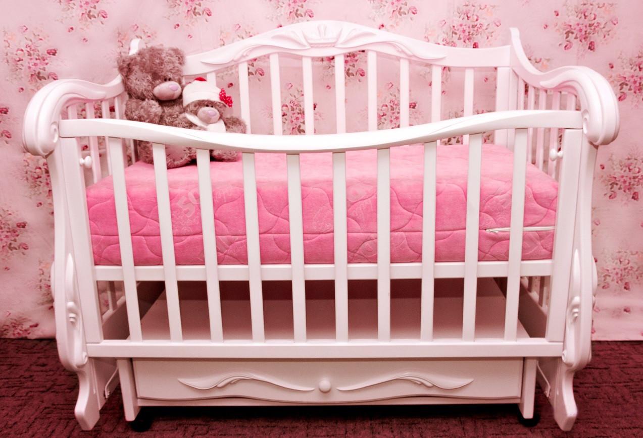 Кроватка-софа с маятником «Корона» (Белый), Колисани