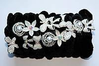 Велюровая резинка для волос с камнями чешское стекло и жемчужинками, диаметр резинки 7.5 см, длина украшения; 3 см, 12 штук