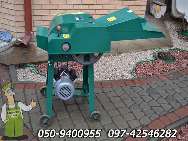 Электросоломорезка Жужа 2.2 кВт/220В, измельчитель стебельчатых кормов травы, соломы, стеблей кукурузы, камыша