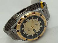Часы мужские Q@Q  стальные, водозащита 5Bar,
