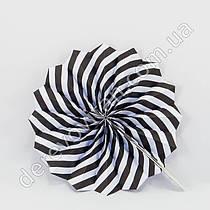 Подвесной веер, черно-белый, 20 см - бумажный декор-розетка