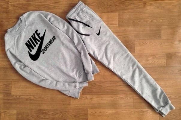 Мужской Спортивный костюм серый Nike Sportswear ( с черным принтом)