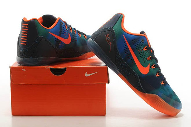 Кроссовки баскетбольные мужские Nike Zoom Kobe 9