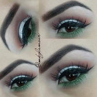 Зеленый карандаш для глаз NYX Slim Eye Pencil  Moss