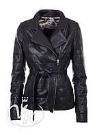 Черная кожаная куртка стеганая