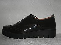 Туфли броги женские стильные лаковая кожа шоколадного цвета