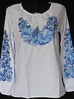 Блуза с голубой вышивкой на женщин