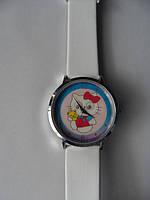Часы наручные с галограммой Hello Kitty белые
