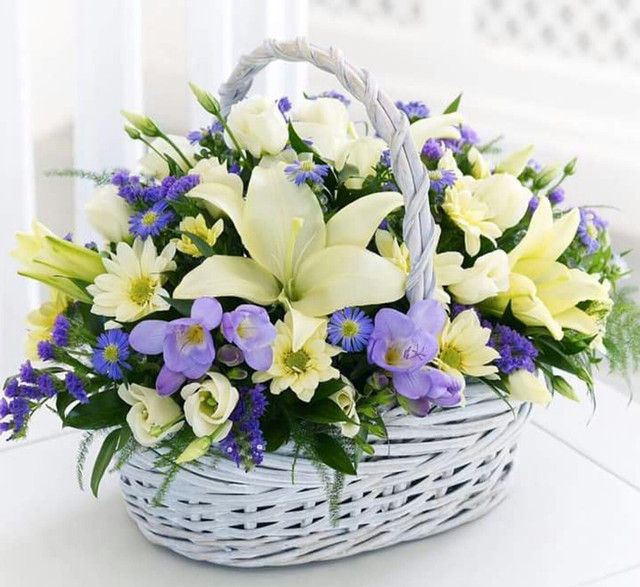 Искусственные цветы(букеты искусственных цветов и одиночные ветки)