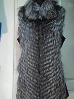 Жилет из чернобурки по бокам кожа длина 90 см 44р и 54р