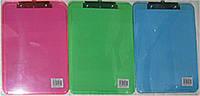 Планшет одинарный A4 DL931 пластик цветной уп24