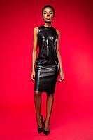 Женское черное кожаное платье до колен