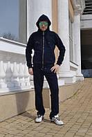 Модный мужской трикотажный спортивный костюм на весну-осень