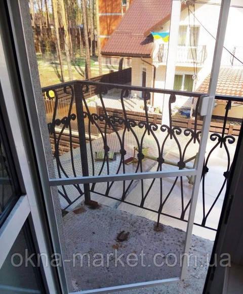 Антимоскитная сетка на дверь Петровское