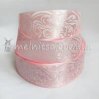 Атласная лента 4 см с орнаментом, розовый