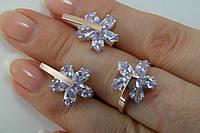 Серебряные украшения в виде цветка с белым фианитами и золотом
