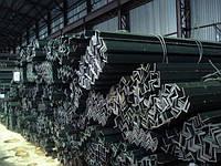 Уголки стальные равнополочные 40х40х4 мера