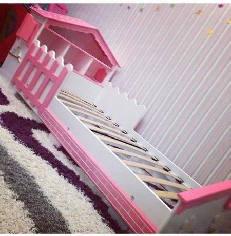 Кроватка детская домик