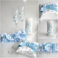 Наборы свадебных аксесуаров: свечи, бокалы, шампанское, подушгечки д/колец…