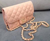 Розовый клатч Chanel сумочка через плечо Шанель розовая с золотом