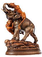 Эксклюзивная деревянная статуэтка Слон с тиграми ручной работы