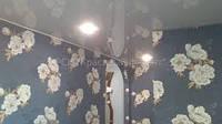 Оклейка стен обоями (с подбором рисунка)