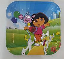 Бумажные тарелки Даша путешественница квадрат
