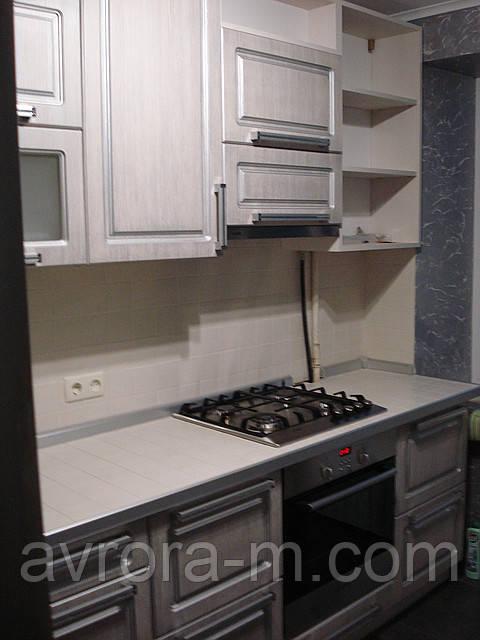 Кухня со столешницей из керамической плитки
